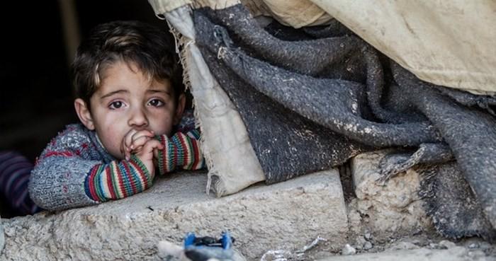 ベトナム 武力衝突下の子どもを守ろう - ảnh 1