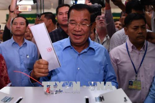 カンボジア総選挙、与党が予想通りの圧勝 最大野党解党で対抗勢力なく - ảnh 1