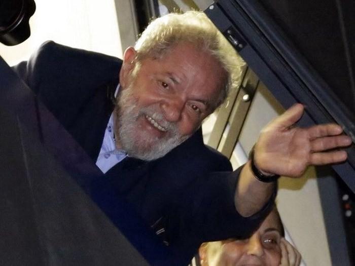 ブラジル大統領選、ルラ元大統領の立候補認めず 選挙高裁 - ảnh 1