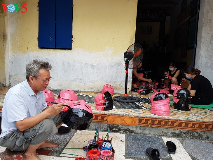中秋節の伝統的な玩具作りの村 - ảnh 2