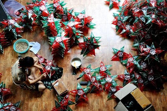中秋節の伝統的な玩具作りの村 - ảnh 1