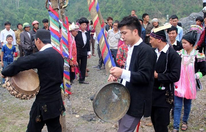 ライチヤウ省のザオ族の成人式 - ảnh 1