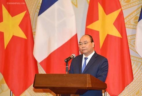 ベトナムとフランス、17件の協力合意書を締結 - ảnh 1