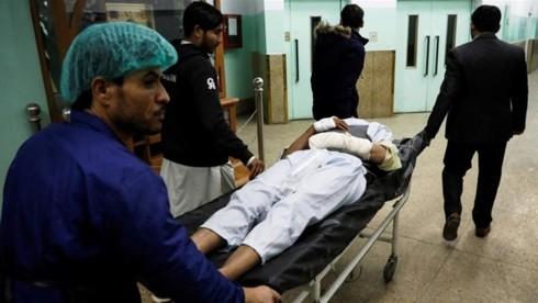 政府施設襲撃で28人死亡  アフガン首都、銃撃戦 - ảnh 1