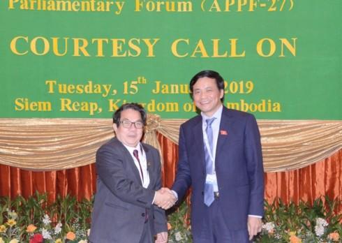 フック国会理事長、カンボジア国会理事長と会見 - ảnh 1