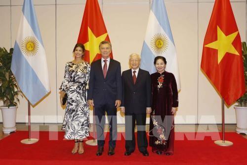 アルゼンチンの大統領、ベトナム国賓訪問を終了 - ảnh 1