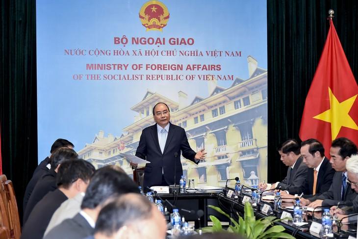 フック首相:「米朝首脳会談を機に国のPRを強化」 - ảnh 1