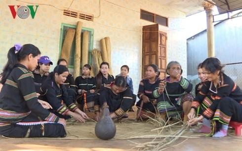 ジャライ族の「プラン」という畳の保存 - ảnh 1