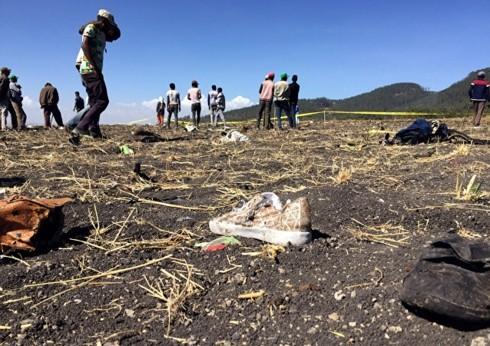エチオピア航空機墜落で157人死亡、安全性に疑問強まる - ảnh 1