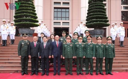 ベトナム・フィリピンの国防関係強化 - ảnh 1