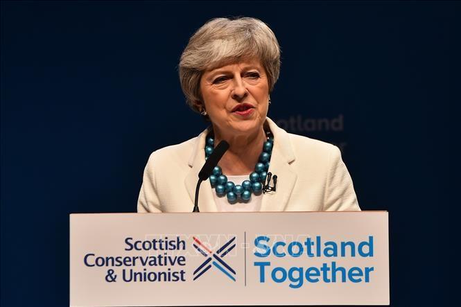 英 保守党 地方選で大敗 メイ首相の責任問う声強まる - ảnh 1
