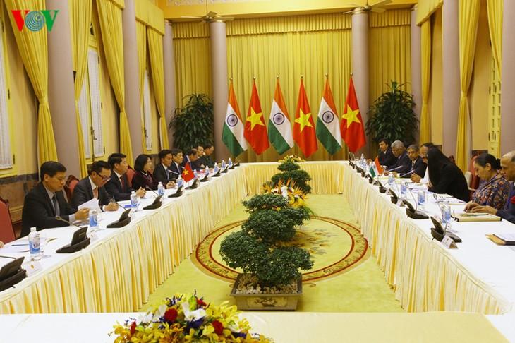 ティン国家副主席、インドの副大統領と会談 - ảnh 1