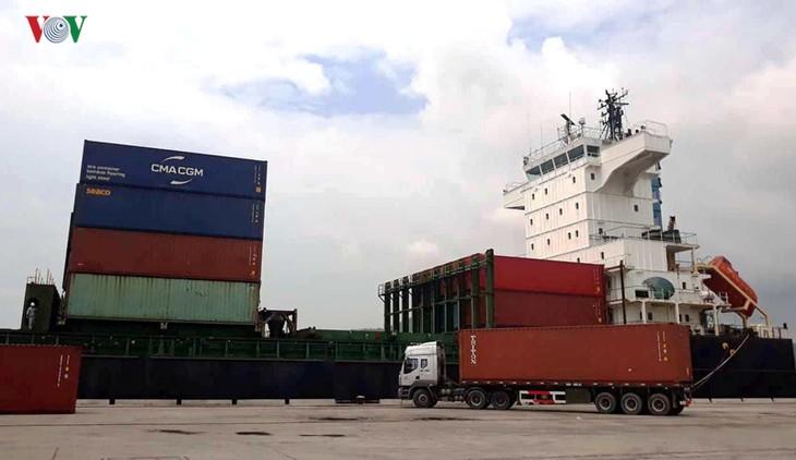 ギーソン港、コンテナ船の国際航路を開始 - ảnh 1