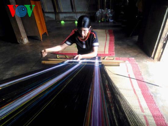 ダクラク省伝統文化の保存に努力する - ảnh 1