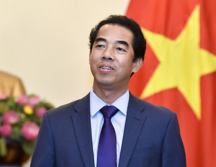 フック首相各国との協力強化を目指し、3カ国歴訪 - ảnh 1