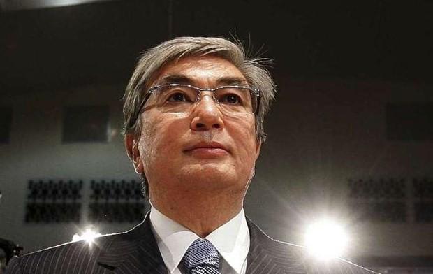 カザフ大統領選、現職トカエフ氏が圧勝 7割以上得票 - ảnh 1