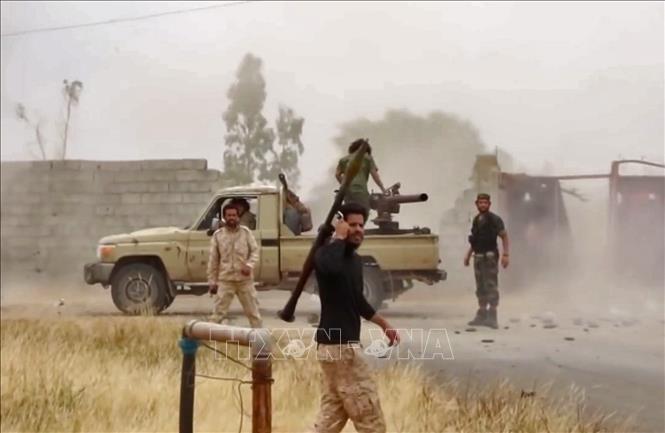 リビア首都攻防戦が3日間停戦に、イスラム教の祭日「犠牲祭」で - ảnh 1