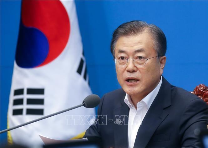 韓国大統領「われわれは喜んで手を握る」日本に対話呼びかけ - ảnh 1