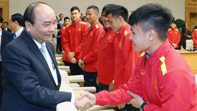フック首相、ベトナムサッカーチームへ祝電 - ảnh 1