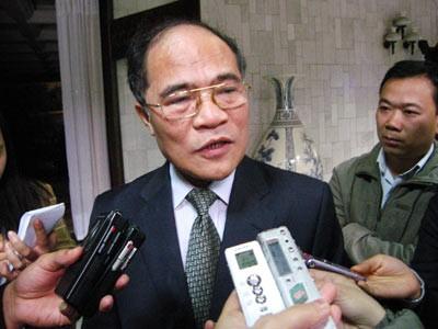 Ketua MN Vietnam, Nguyen Sinh Hung akan melakukan kunjungan resmi ke Republik Korea dan Republik Federasi Myanmar - ảnh 1