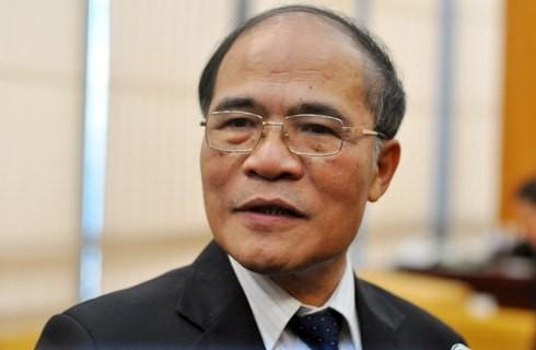 Ketua MN Vietnam, Nguyen Sinh Hung memulai kunjungan resmi di Myanmar - ảnh 1
