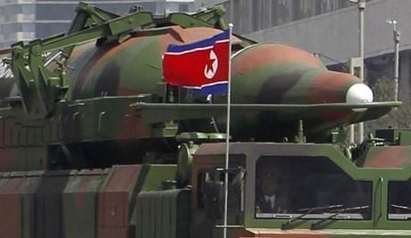 RDR Korea  terus meluncurkan rudal. - ảnh 1