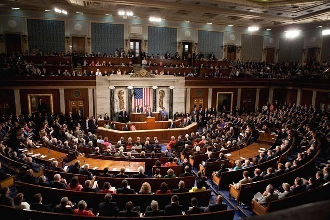 Para legislator AS mengusulkan untuk membentuk Komite Investigasi dan Pengawasan terhadap kesepakatan nuklir Iran - ảnh 1