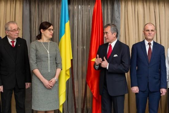 Memperingati ultah ke-50 berdirinya Asosiasi Persahabatan Ukraina-Vietnam - ảnh 1
