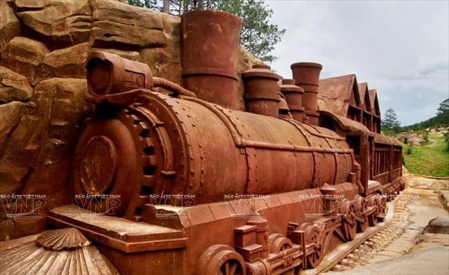 Terowongan tanah liat - destinasi  wisata  baru yang menyerap kedatangan para turis - ảnh 7