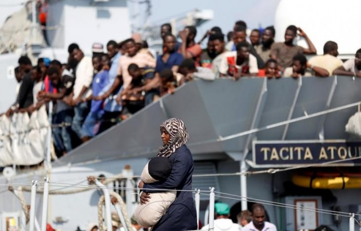 Suriah: Kira-kira 3000 orang migran diselamatkan di Laut Tengah - ảnh 1