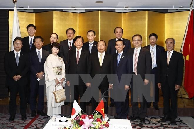 PM Vietnam, Nguyen Xuan Phuc  mengakhiri dengan baik kunjungan resmi di Jepang - ảnh 1