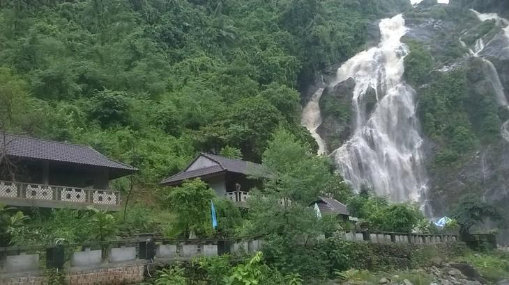 Provinsi Quang Ngai mengembangkan potensi pariwisata - ảnh 6
