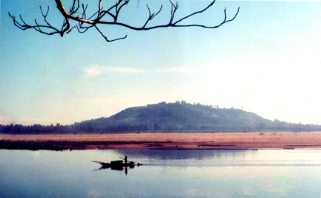 Keindahan gunung An dan sungai Tra di provinsi Quang Ngai - ảnh 1