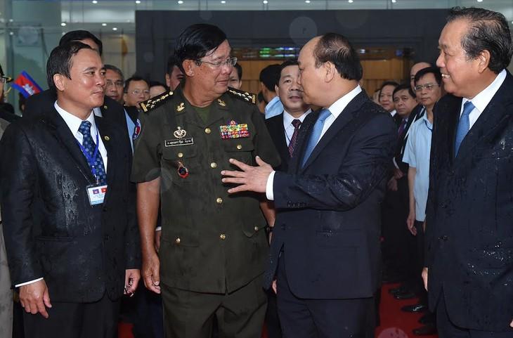Hubungan Vietnam-Kamboja: separo abad solidaritas dan keterkaitan - ảnh 1