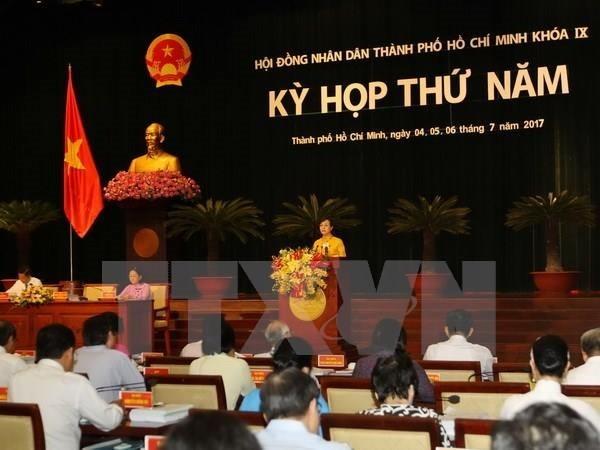 Pembukaan persidangan ke-5 Dewan Rakyat Kota Ho Chi Minh angkatan IX - ảnh 1