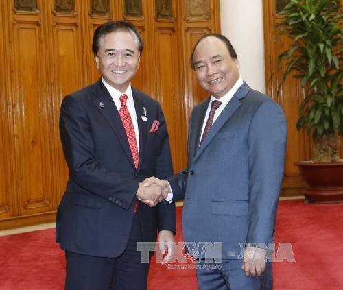 PM Vietnam, Nguyen Xuan Phuc menerima Gubernur provinsi Kanagawa, Jepang. - ảnh 1