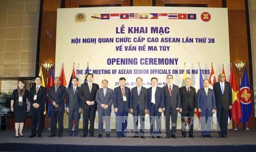 Pembukaan Konferensi Pejabat Senior ASEAN ke-38 tentang pencegahan dan pemberantasan kriminalitas - ảnh 1