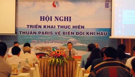 Menggelarkan pelaksanaan Permufakatan Paris tentang Perubahan Iklim di provinsi- provinsi  Vietnam Tengah-Daerah Tay Nguyen - ảnh 1
