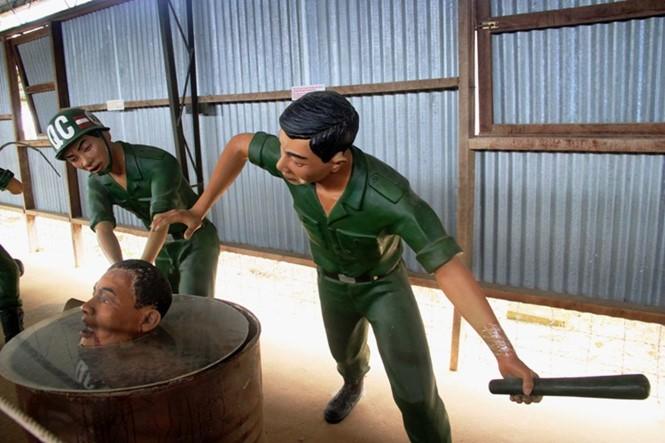 Rumah penjara Phu Quoc - Simbol dari  semangat  gigih dari para pejuang revolusioner - ảnh 7