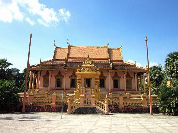 Mengunjungi beberapa pagoda di provinsi Soc Trang - ảnh 2