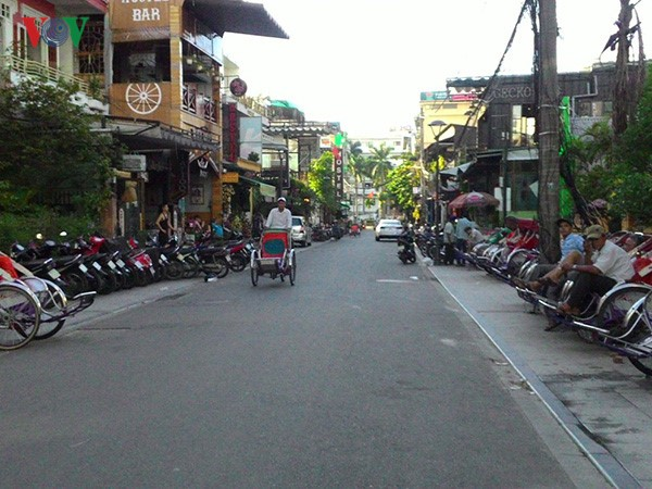 ADB  membantu Vietnam  membangun insfastruktur  perkotaan hijau dan beradaptasi dengan perubahan iklim di kota-kota  kelas 2 - ảnh 1