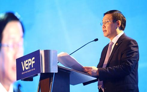 Pemerintah Vietnam menciptakan kemudahan dan mendorong  kecenderungan pembayaran elektronik di Vietnam - ảnh 1