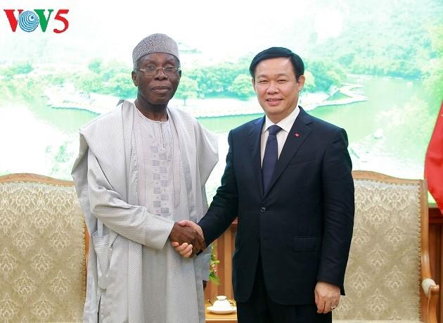 Vietnam memacu  kerjasama teknologi  informasi dan pertanian dengan Nigeria - ảnh 1
