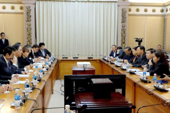 Kota Ho Chi Minh bersama dengan badan-badan usaha Jepang bekerjasama mengembangkan kota - ảnh 1