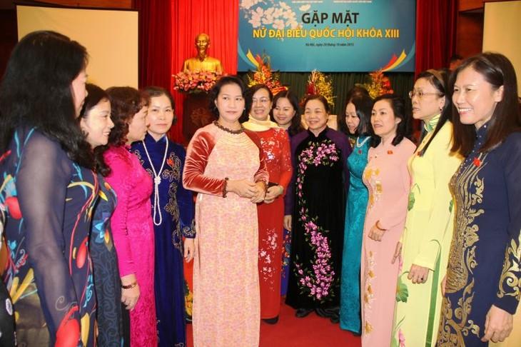 Vietnam mencapai prestasi tinggi tentang kesetaraan gender - ảnh 1