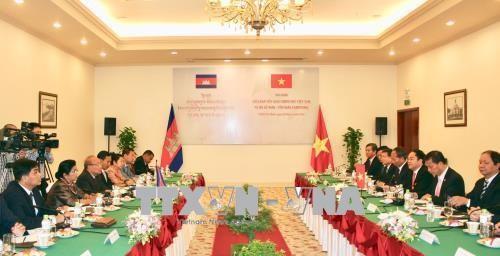Vietnam dan Kamboja memperhebat  kerjasama di bidang keagamaan - ảnh 1