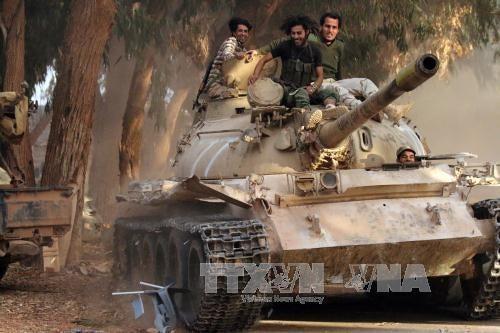 Pemerintah Libia  membantah informasi berbagi kekuasaan dengan tentara di bagian Timur - ảnh 1