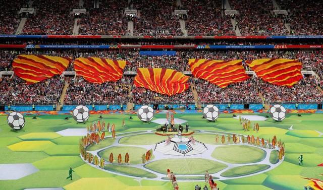 Piala Dunia 2018:  Acara pembukaan  yang  bersorak-sorai - ảnh 1