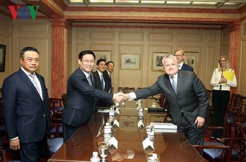Deputi PM Viet Nam, Vuong Dinh Hue: AS mendukung Vietnam yang independen dan makmur - ảnh 1