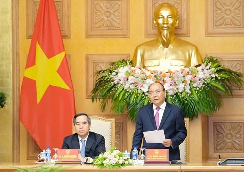 PM Viet Nam, Nguyen Xuan Phuc  menghadiri Forum Tingkat Tinggi dan Pameran Internasional tentang Industri 4.0 - ảnh 1